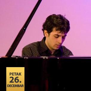 Andrija Mamutović, klavir