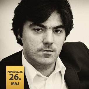 Stevan Spalević, klavir